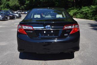 2014 Toyota Camry Hybrid XLE Naugatuck, Connecticut 3