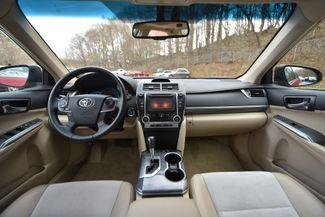 2014 Toyota Camry Hybrid XLE Naugatuck, Connecticut 16
