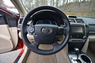 2014 Toyota Camry Hybrid XLE Naugatuck, Connecticut 20