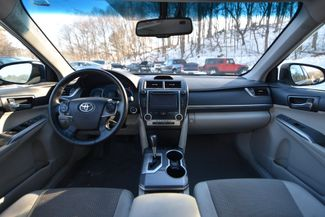 2014 Toyota Camry Hybrid XLE Naugatuck, Connecticut 12