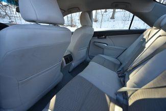 2014 Toyota Camry Hybrid XLE Naugatuck, Connecticut 9