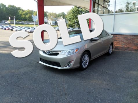 2014 Toyota Camry Hybrid XLE in WATERBURY, CT