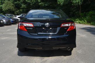 2014 Toyota Camry SE Naugatuck, Connecticut 3