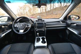 2014 Toyota Camry SE Naugatuck, Connecticut 13