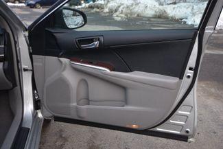2014 Toyota Camry XLE Naugatuck, Connecticut 10