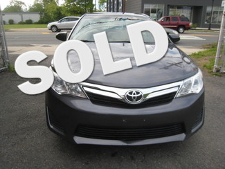 2014 Toyota Camry LE  One Owner Clean Carfax New Brunswick, New Jersey