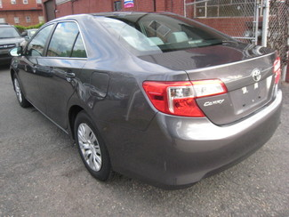 2014 Toyota Camry LE  One Owner Clean Carfax New Brunswick, New Jersey 3