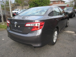 2014 Toyota Camry LE  One Owner Clean Carfax New Brunswick, New Jersey 5