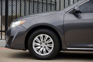 2014 Toyota Camry 2014.5 * LE * 35 MPG * Local Dallas Car * PWR SEAT Plano, Texas 28