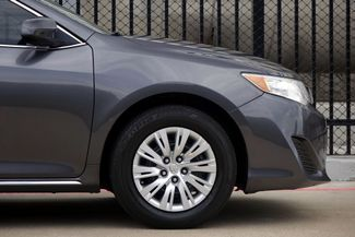 2014 Toyota Camry 2014.5 * LE * 35 MPG * Local Dallas Car * PWR SEAT Plano, Texas 27