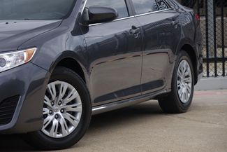 2014 Toyota Camry 2014.5 * LE * 35 MPG * Local Dallas Car * PWR SEAT Plano, Texas 21