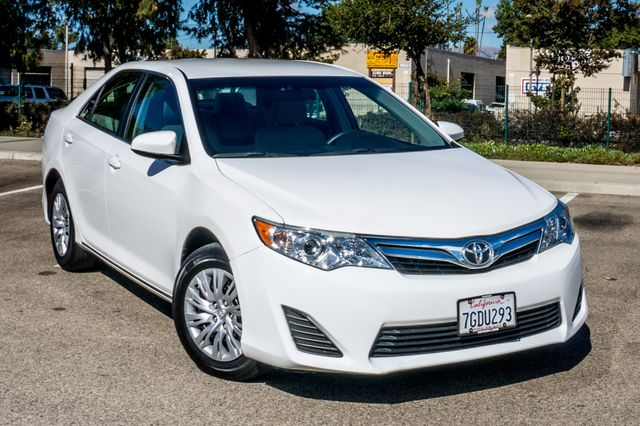 2014 Toyota Camry LE Reseda, CA 40