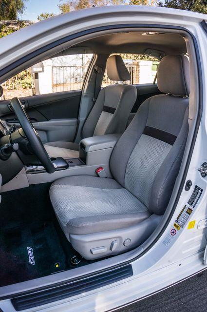 2014 Toyota Camry LE Reseda, CA 27