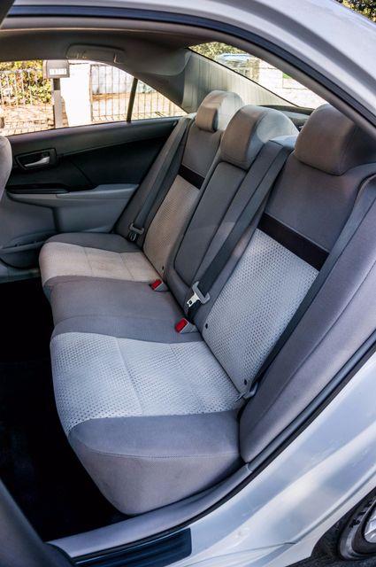 2014 Toyota Camry LE Reseda, CA 28