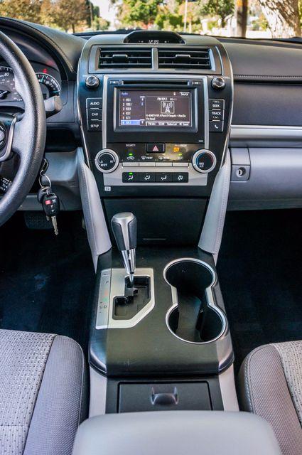 2014 Toyota Camry LE Reseda, CA 21