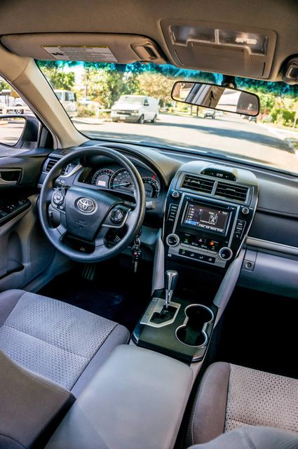 2014 Toyota Camry LE Reseda, CA 33