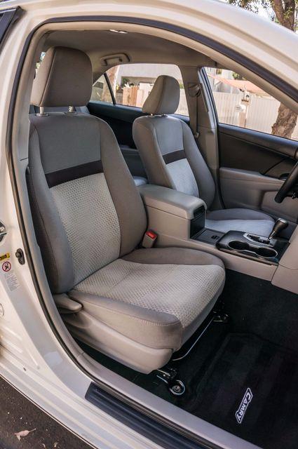 2014 Toyota Camry LE Reseda, CA 29
