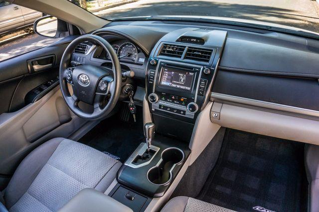 2014 Toyota Camry LE Reseda, CA 32