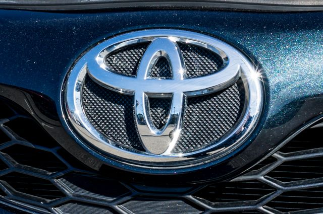 2014 Toyota Camry SE Sport - AUTO - NAVI - 47K MILES Reseda, CA 51