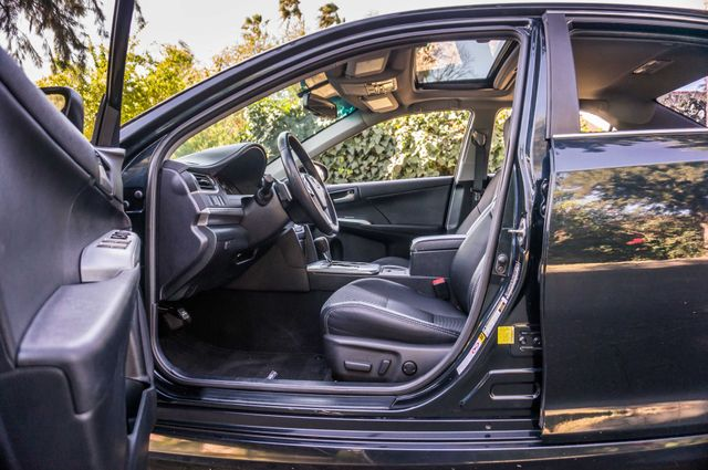 2014 Toyota Camry SE Sport - AUTO - NAVI - 47K MILES Reseda, CA 39