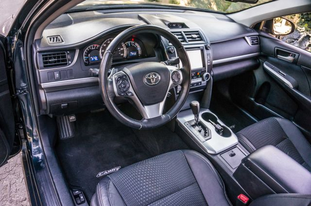 2014 Toyota Camry SE Sport - AUTO - NAVI - 47K MILES Reseda, CA 15