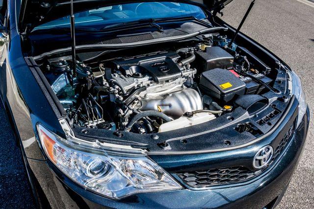 2014 Toyota Camry SE Sport - AUTO - NAVI - 47K MILES Reseda, CA 43
