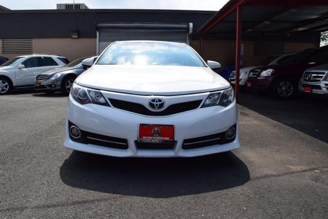 2014 Toyota Camry 4dr Sdn I4 Auto SE (GS) *Ltd Avail* Richmond Hill, New York 1