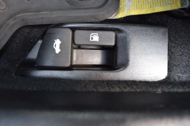 2014 Toyota Camry 4dr Sdn I4 Auto SE (GS) *Ltd Avail* Richmond Hill, New York 10