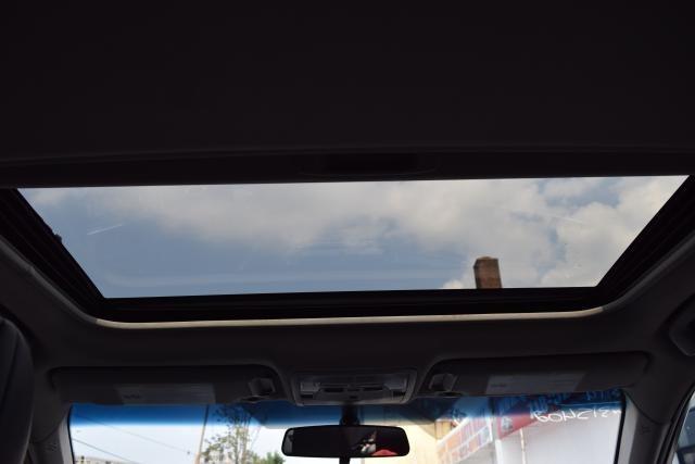 2014 Toyota Camry 4dr Sdn I4 Auto SE (GS) *Ltd Avail* Richmond Hill, New York 24