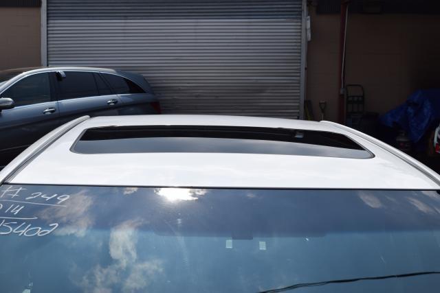 2014 Toyota Camry 4dr Sdn I4 Auto SE (GS) *Ltd Avail* Richmond Hill, New York 3