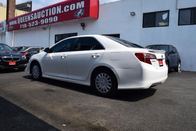 2014 Toyota Camry 4dr Sdn I4 Auto SE (GS) *Ltd Avail* Richmond Hill, New York 6