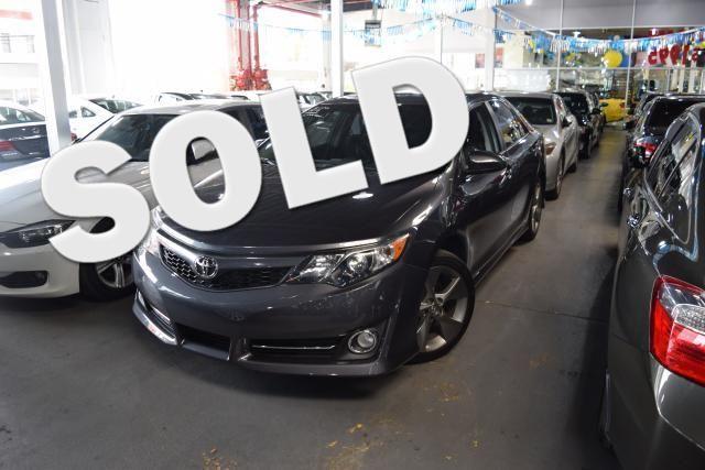 2014 Toyota Camry 4dr Sdn SE Richmond Hill, New York 0