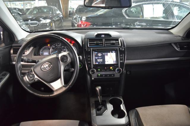 2014 Toyota Camry 4dr Sdn SE Richmond Hill, New York 10