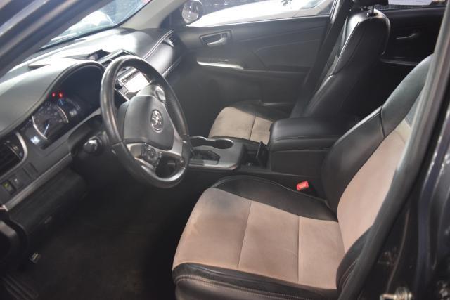 2014 Toyota Camry 4dr Sdn SE Richmond Hill, New York 11