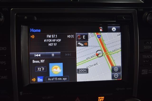 2014 Toyota Camry 4dr Sdn SE Richmond Hill, New York 15