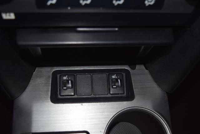 2014 Toyota Camry 4dr Sdn SE Richmond Hill, New York 19