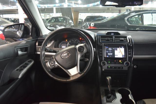 2014 Toyota Camry 4dr Sdn SE Richmond Hill, New York 9