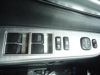 2014 Toyota Camry SE V6. NAVI. JBL SOUND. SUNRF. BLIND SPOT. CAMERA SEFFNER, Florida 24