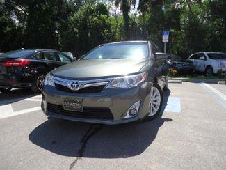 2014 Toyota Camry Hybrid XLE. NAVI. SUNRF. JBL. LTHR. BLIND SPOT SEFFNER, Florida