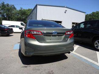 2014 Toyota Camry Hybrid XLE. NAVI. SUNRF. JBL. LTHR. BLIND SPOT SEFFNER, Florida 12