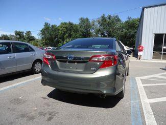 2014 Toyota Camry Hybrid XLE. NAVI. SUNRF. JBL. LTHR. BLIND SPOT SEFFNER, Florida 13