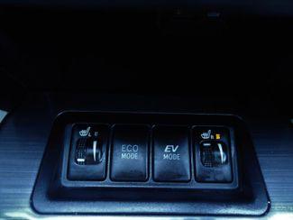 2014 Toyota Camry Hybrid XLE. NAVI. SUNRF. JBL. LTHR. BLIND SPOT SEFFNER, Florida 25