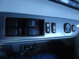 2014 Toyota Camry Hybrid XLE. NAVI. SUNRF. JBL. LTHR. BLIND SPOT SEFFNER, Florida 28