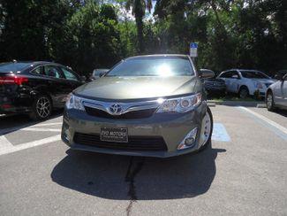 2014 Toyota Camry Hybrid XLE. NAVI. SUNRF. JBL. LTHR. BLIND SPOT SEFFNER, Florida 7