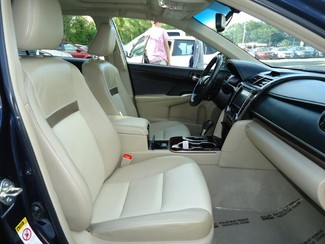 2014 Toyota Camry XLE. LEATHER. NAVIGATION. SUNRF Tampa, Florida 15