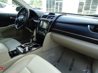 2014 Toyota Camry XLE. LEATHER. NAVIGATION. SUNRF Tampa, Florida 17