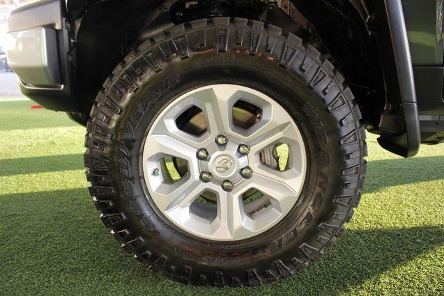 2014 Toyota FJ Cruiser 4WD - CONVENIENCE PKG! Mooresville , NC 19