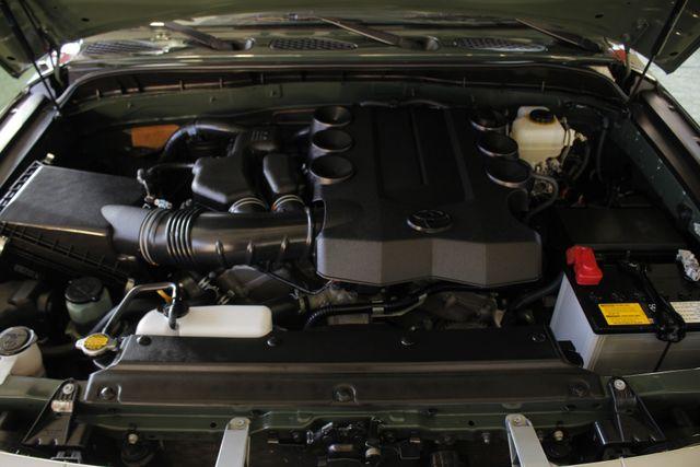 2014 Toyota FJ Cruiser 4WD - CONVENIENCE PKG! Mooresville , NC 38