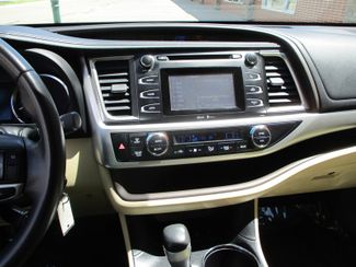 2014 Toyota Highlander LE Farmington, Minnesota 6