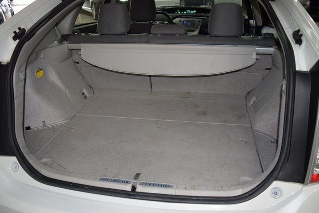 2014 Toyota Prius Plug-In Advanced Richmond Hill, New York 12